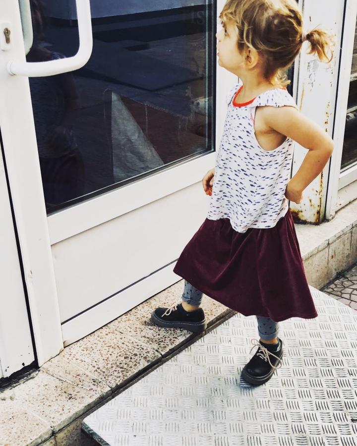 Cum așteaptă copiii un alt copil înfamilie