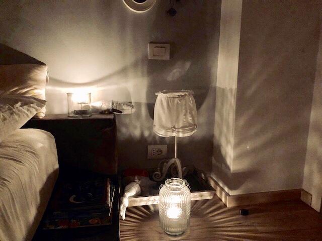 Dormitorul mare poate fi un salon demasaj