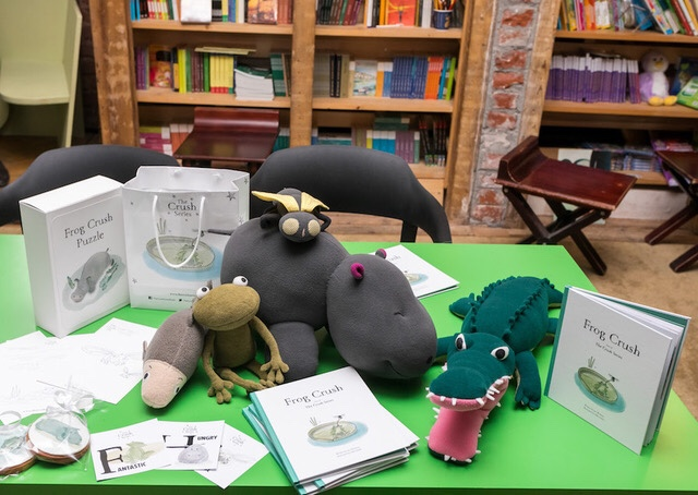 Frog Crush, o carte cu rime, cum le plac copiilor. Șimie.